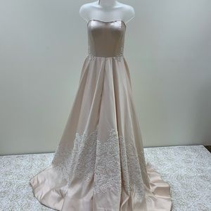 NWT Sherri Hill Couture Strapless Beaded Gown